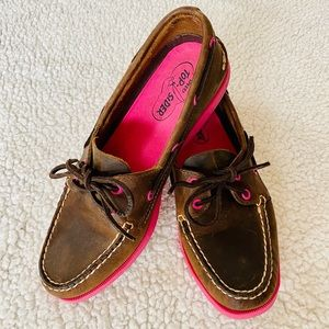 Sperry Top Sider Brown/Fuschia size 9